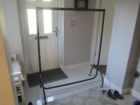 clothes rack (5 feet wide)
