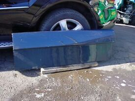 classic range rover lower tail gate.