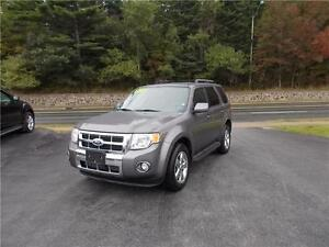 2010 FORD ESCAPE LIMITED 4WD...FULLY LOADED!! APPLY TODAY!!