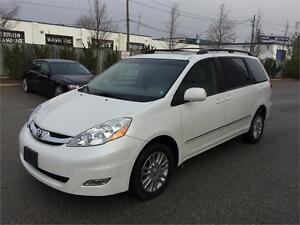 2009 TOYOTA SIENNA XLE ALL WHEEL DRIVE LEATHER NAVIGATION