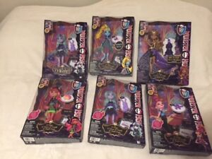 Dolls - Monster High and Ever after high - large collection
