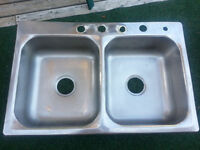 "STAINLESS STEEL SINK - 32"" x 19"""