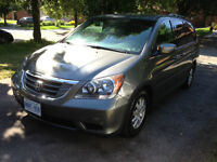 2009 Honda Odyssey EXL 1 OWNER VERY LOW MILEAGES SUPER CLEAN