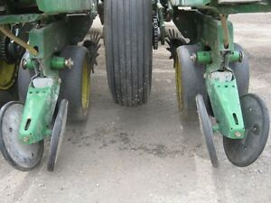 John Deere 7000 Planter Cambridge Kitchener Area image 7