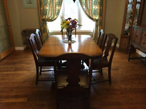 DINING ROOM  SET, TABLE, SIX CHAIRS, BUFFET and HUTCH,-- $1200