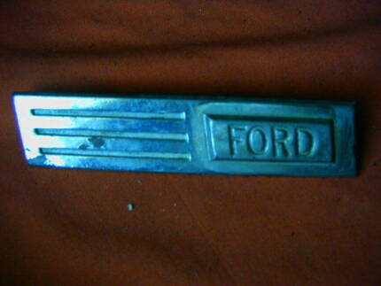 SELECTION OF FORD BADGES ALL LOOK IN GOOD CONDITION Dianella Stirling Area Preview