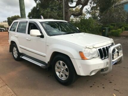 2009 Jeep Grand Cherokee White Automatic Wagon