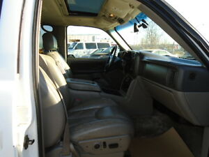 2003 Chevrolet Tahoe-LEATHER-SUNROOF-EXCELLENT RUNNING CONDITION Edmonton Edmonton Area image 15