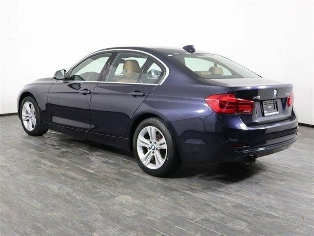Image 8 Voiture Européenne d'occasion BMW 3-Series 2017
