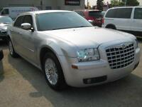 2010 Chrysler 300 Touring, Guaranteed approvals