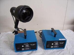 Lumière ultraviolet blacklight avec 2 générateurs Ardrox UA1020 - Black light with 2 Ardrox UA1020 generators