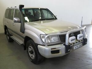 2005 Toyota Landcruiser HDJ100R GXL (4x4) Silver 5 Speed Automatic Wagon Westdale Tamworth City Preview