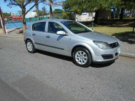 2007 Holden Astra AH MY07 CD Silver 5 Speed Manual Hatchback
