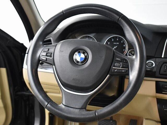 Image 10 Voiture Européenne d'occasion BMW 5-Series 2014