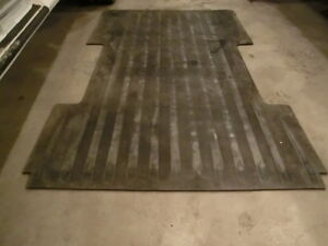Heavy duty rubber mat for pickup 8' box Prince George British Columbia image 1