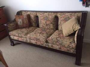 Edwardian Couch and Chairs North Shore Greater Vancouver Area image 1