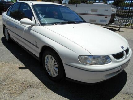 1999 Holden Commodore Vtii Acclaim White 4 Speed Automatic Sedan Woodville Charles Sturt Area Preview