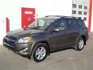 2012 Toyota RAV4 Limited V6 ~ 96,000kms ~ Backup cam ~ $18,990