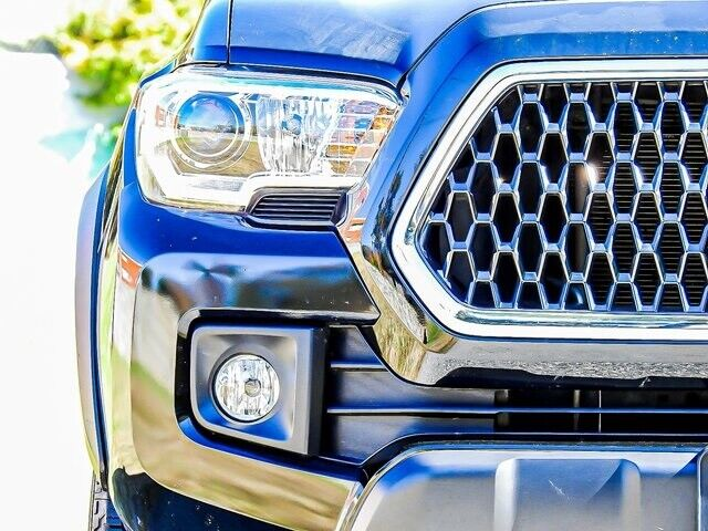 Image 17 Voiture American used Toyota Tacoma 2018