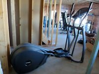 Elliptical Trainer - Smooth Fitness CE 2.1
