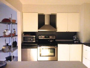 Room for Rent in Shared Executive Townhouse