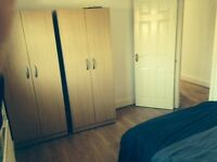 LARGE DOUBLE ROOM IN DENMARK HILL-NEXT TO KINGS COLLEGE ALL INC 2 WEEKS DEPOSIT