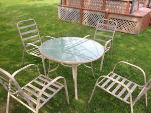 Patio Set Chair & Table