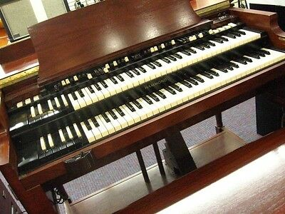 Hammond B3 Mk 2 organ With Leslie Speaker And Bench new Store Demo deal!