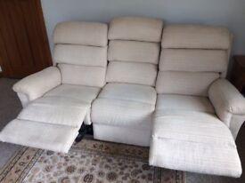 LA-Z-BOY Tyler Fabric 3 Seater Manual Recliner Sofa 5th Avenue Beige