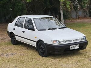 1995 Nissan Pulsar Solaire 4 Speed Automatic Hatchback Windsor Gardens Port Adelaide Area Preview