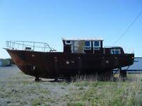 Beau Projet à finir bateau bruce roberts pcf 40 sailing trawler