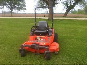 2010 Kubota ZD326 Zero Turn Riding Lawn Mower