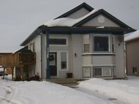 3 bedroom upper level in Wespoint 1380.00