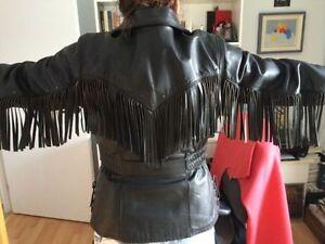 Ensemble cuir complet! Manteau, pantalons (chaps) et bottes!