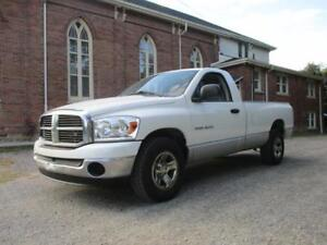 2007 Dodge Ram 1500 ST  ONLY 178 KM!   LONG BOX!  $6999
