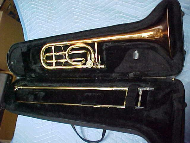 Blessing B-88 Artist F Trigger Trombone with Copper bell