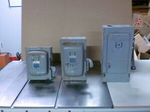 3 PHASE ENCLOSED SWITCH