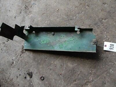 John Deere 1010 Tractor Ext Heat Shield Tag 910