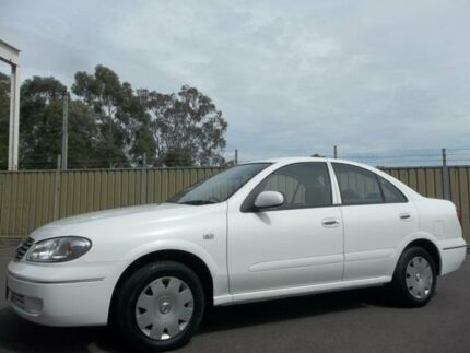 2005 Nissan Pulsar N16 MY04 ST White 4 Speed Automatic Sedan