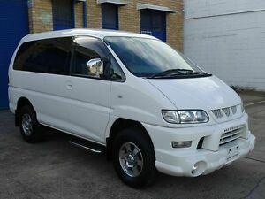 2005 Mitsubishi Delica SPACEGEAR 3.0 lt V6 White 4 Speed Automatic Wagon Taren Point Sutherland Area Preview