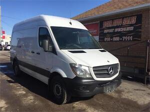 2014 Mercedes-Benz Sprinter Cargo Van**ONLY 88KMS**4 CYL DIESEL