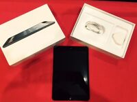 APPLE IPAD MINI WIFI 16GB BLACK WITH 12 MONTH WARRANTY THAT COVERS IPAD, CABLE + CHARGER.