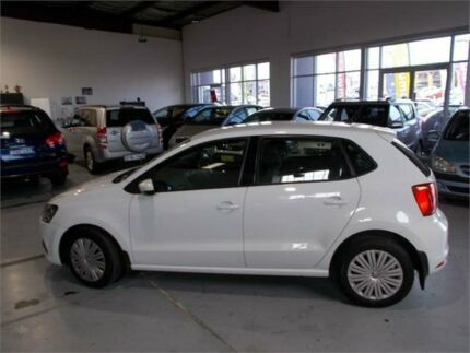 2015 Volkswagen Polo 6R MY16 66 TSI Trendline White 7 Speed Auto Direct Shift Hatchback Fyshwick South Canberra Preview