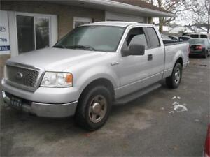 2005 Ford F-150 XLT RUNS AND DRIVES AS-TRADED DEAL AS-IS