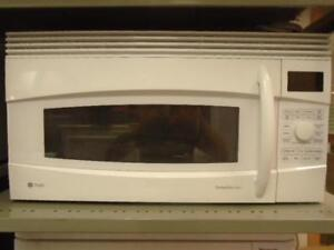 MICRO-ONDES ENCASTRE GE / GE BUILT-IN CONVECTION OVEN