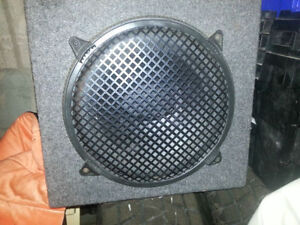 MEMPHIS SUBWOOFER - 12IN - AS NEW MINT WITH ENCLOSURE