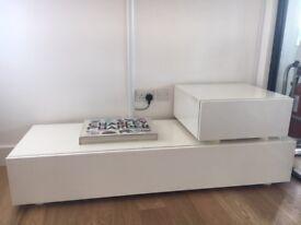 Gorgeous Habitat unit and dining table set, white, like new
