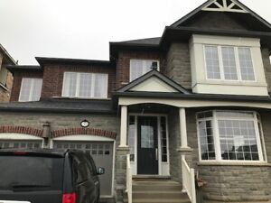 Large four bedroom Executive home on Estate Lot in caledon