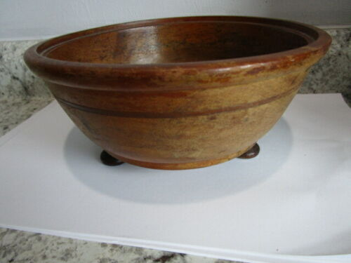 """Vintage Footed Wooden Fruit Bowl 8.5"""" x 4"""" tall"""