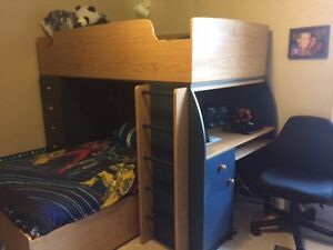 Lower price!!! Kids bedroom set 4 pieces